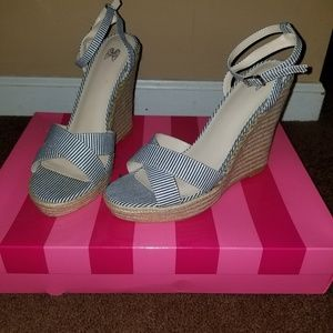 VS Wedges